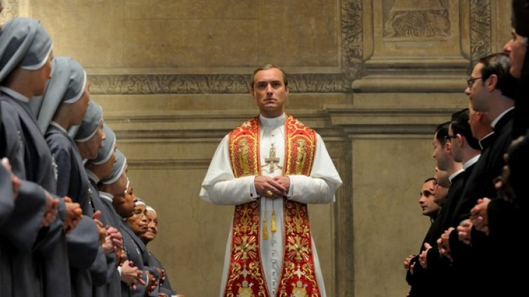 """Джуд Лоу ще се завърне в продължението на """"Младият папа"""""""