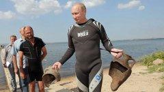 Путин с гръцките амфори...
