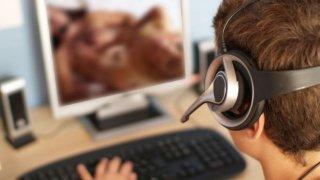 Или как нов закон, целящ закрила на децата от вредното съдържание онлайн, може да даде крила на кибер престъпността