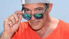 Антонио Бандерас навършва 55 години. И никак не му личат. На снимката: по време на филмовия фестивал в Ишия, Италия, 2015