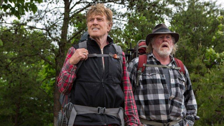 """A Walk in the Woods  Премиера за САЩ: 2 септември  Комедията е базирана на мемоарите на писателя и пътешественик Бил Брайсън. Проследено е дългото пътуване на Брайсън (Робърт Редфорд) от над 3000 км с неговия приятел Катц (Ник Нолти), единственият човек, досаттъчно луд, за да го последва. Оказва се, че двамата имат коренно различни представи за понятието """"приключение""""..."""