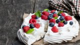 Тортата се превръща в символ на две държави, които се смятат за нейна родина. Но каква всъщност е истината?