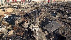 Ново видео показва, че украинският самолет е свален от две ракети