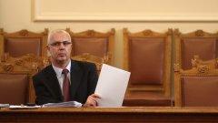 Бъдещето на Светлозар Лазаров ще се реши на 4 март, когато вътрешният министър Веселин Вучков представи кандидатурите си за главен секретар на МВР