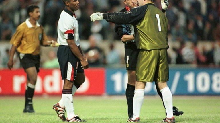 1998г.: Загуба с 3:4 (0:0 в редовното време) от Белгия на приятелския турнир Крал Хасан II International Cup. За Англия пропускат Роб Лий и Лес Фърдинанд.