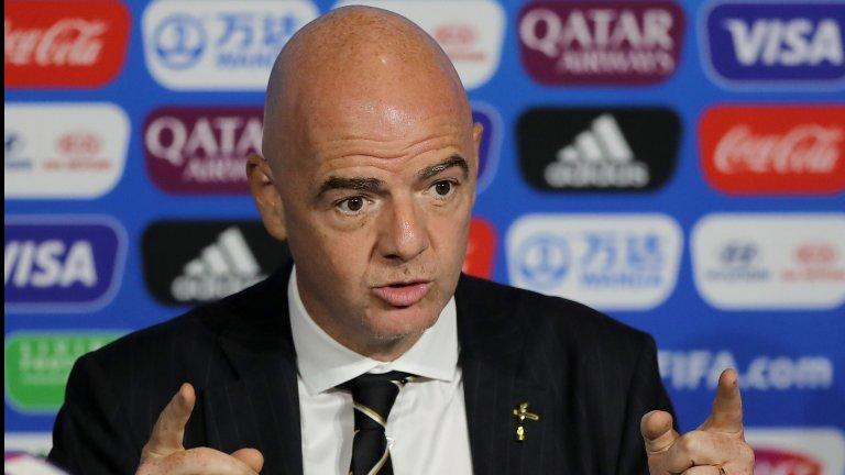 Шефът на ФИФА е с коронавирус