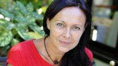 """Българската публика ще може да чуе съветите на Лучия Джованини за това как да освободим живота си само на 7 октомври от 19 часа в литературен клуб """"Перото"""", НДК"""