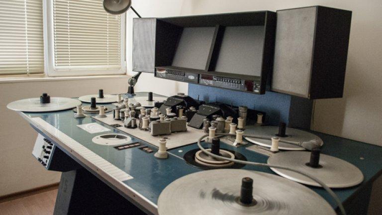 Мовиолата, на която клиентите могат да гледат материал от архивите