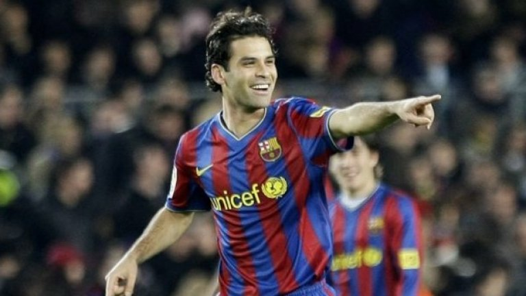 Рафаел Маркес (Мексико). 7 години (юли 2003 - юли 2010). 240 мача, 12 гола