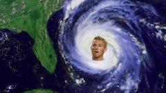 """""""Някои са страхотни. Виждал съм ги в Twitter. Урагана – класика"""", сподели Кейн."""