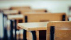 Ротацията на учениците от 5-и до 12-и клас за присъствено и дистанционно обучение продължава