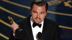"""След дълги години феновете на Ди Каприо дочакаха неговия """"Оскар"""" - за """"Завръщането"""" на Алехандро Гонсалес Иняриту"""