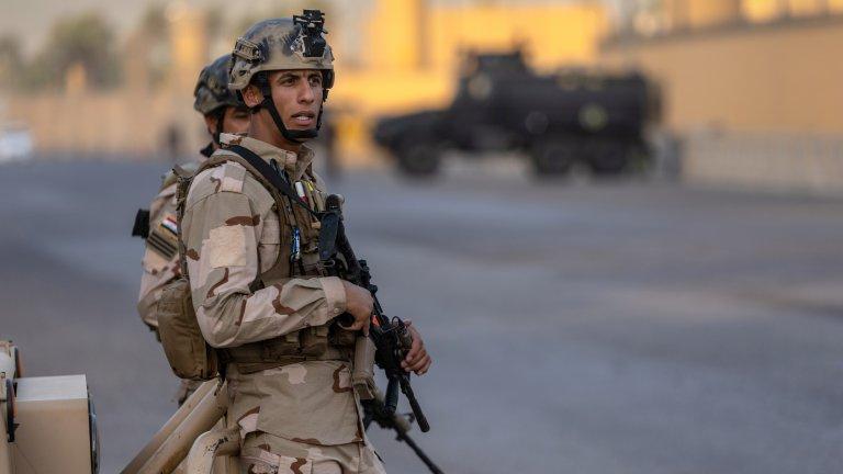"Целите са били авиобаза ""Балад"" и международното летище в Багдад"