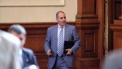 След като БСП обявиха, че няма да се регистрират за кворум до оставката на Валери Симеонов