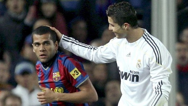 Барселона и Реал (Мадрид) са единствените два отбора на печалба в Испания