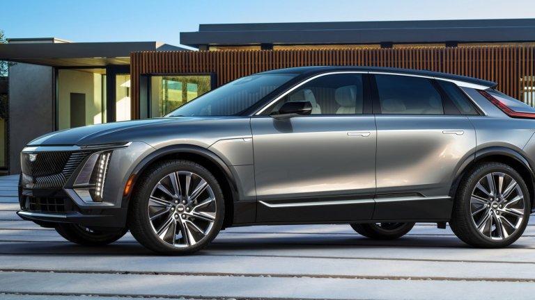 Cadillac LyriqПървият изцяло електрически Cadillac е почти тук и ще дойде с над 480 километра пробег с едно зареждане. Компанията пази голяма част от детайлите покрай електромобила в тайна, но се знае, че ще поддържа ново поколение супербързо зареждане и ще има 33-инчов извит дисплей на инфотейнмънт системата. Очаква се да е на пазара през 2022 г.