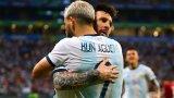 В националния отбор на Аржентина №10 също е запазен за Лионел Меси, а Серхио Агуеро играе с деветката на гърба