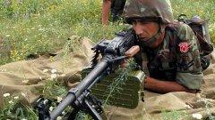Турски войник по време на учение