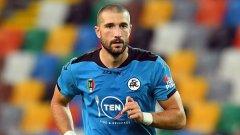 Гълъбинов се контузи при загуба от Милан