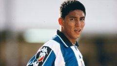 """В Порто Жардел беше феномен, който наниза 74 гола в първите си два сезона - по 37 във всеки от тях. Сезон 1999/00 г. беше най-успешният на Марио при """"драконите"""", а в статистиката му се вляха още 54 гола в само 49 мача."""