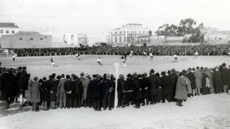 Снимка от Ел Класико през 1916 година.