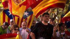 Политиката да стои далеч от футбола, призова президентът на испанската ФА