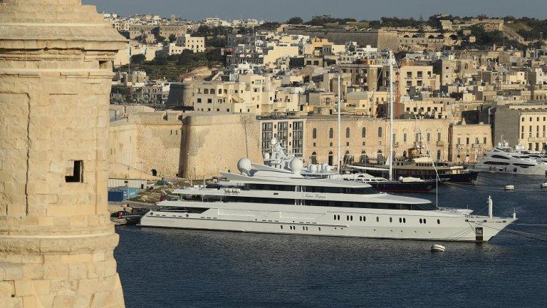 Търсенето на скъпи и високотехнологични лодки като тази на Безос се очаква да скочи с 30 на сто тази година