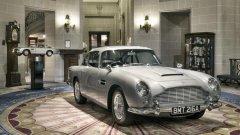 Aston Martin DB5 (1965) DB5 е олицетворение на автомобилите Garn Turismo: мощен, но изтънчен, бърз, но и луксозен. Неслучайно Джеймс Бонд кара точно такъв автомобил. Серийните екземпляри са се сглобявали ръчно и се предлагат с редови 6-цилиндров двигател с мощност 280 конски сили. Трансмисията е механична, а каросерията е алуминий – за минимално тегло.