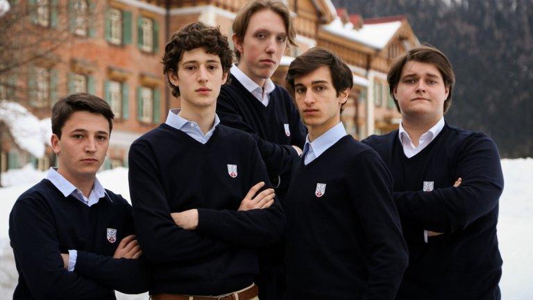 """""""Децата на нощта"""" / I figli della notte Един филм за израстването и превръщането на момчетата в мъже. Джулио, 17-годишен тийнейджър от заможно семейство, е изпратен да учи в елит колеж в Алпите. Там, изолирани от света, те трябва да се учат на това какво е да пораснеш. Там Джулио намира приятел в лицето на най-големия бунтар в училището Едуардо. Двамата започват да бягат посред нощ, за да ходят в нощен клуб в гората. Там се запознават с проститутка Елена. Следват тайни, манипулация и един истински порив към свободата. Филмът е по-сериозен, но наистина приятен и интересен."""