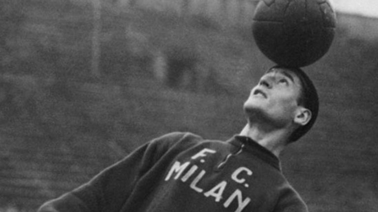 8. Нилс Лидхолм Прекара 12 сезона в Милан и бе чест от великото трио Гре-Но-Ли заедно д Гунар Грен и Гунар Нордал. Има 89 гола в 394 срещи за Милан.