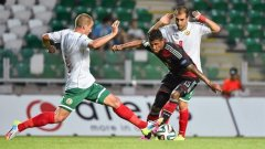 България срещна шампионите от Германия в квалификациите за еропейското