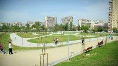 """Първата готова част от новия парк """"Възраждане"""" в ж.к. """"Зона Б-5"""" беше официално отворена за посетители вчера"""