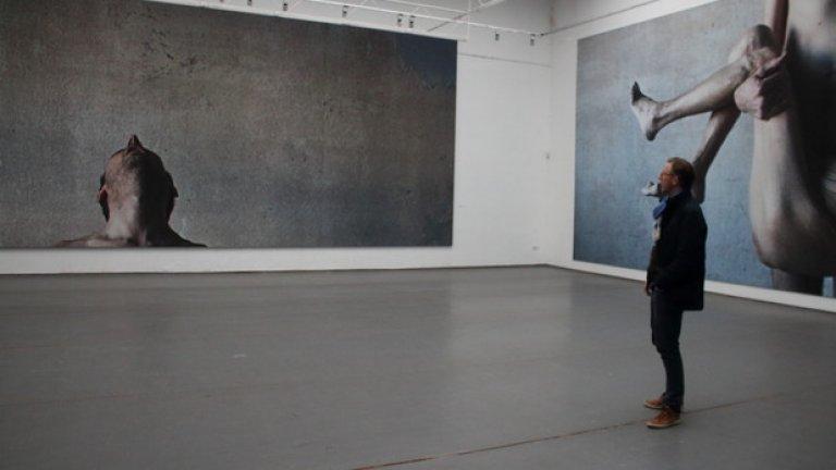 Изложбата показа голото тяло на възрастната актриса Златина Тодева