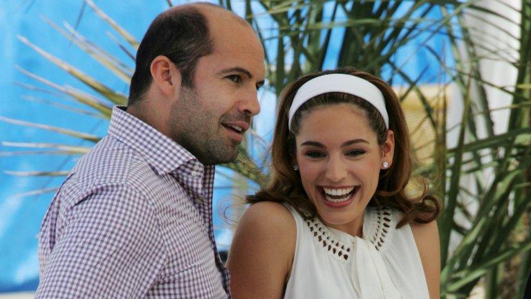 Кели Брук  Дълго време актьорът беше свързван с модела и актриса Кели Брук. Връзката на двамата започва след среща на снимачната площадка на филма Survival Island през 2004 г. и то на Бахамите. Скоро се стига и до годеж, а нещата изглеждат сериозни. Били и Кели дори се сдобиват с къща в Кент, Югоизточна Англия, но не им е писано да я превърнат в свой постоянен дом.