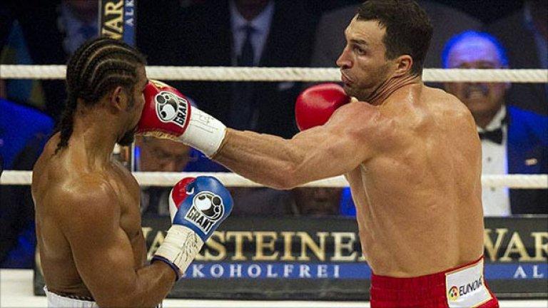 Владимир Кличко  се разправи безмилостно с Дейвид Хей в мача за обединяване на 3 от 4-те титли в професионалния бокс