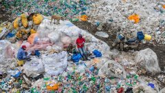 Фотографът Едуард Бъртински показва белезите, които оставяме върху Земята