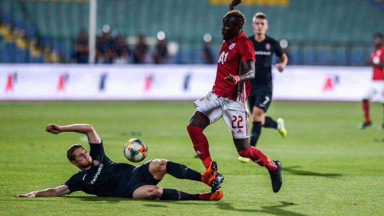 ЦСКА отпадна от Зоря, след като и в двата мача беше ощетен от съдиите