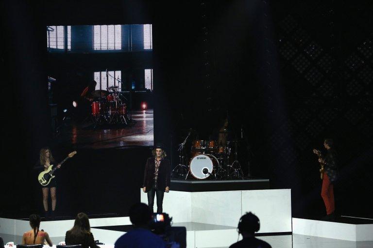 На сцената на италианския X Factor през 2017 г.
