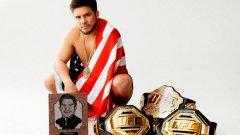 """""""Готов съм да сключа брак с мъж и да се бия с жени"""": Най-странният UFC шампион"""