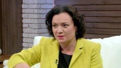 Новият министър на екологията Ивелина Василева напомни, че служебното министерство е спряло заповедта за строителство в Карадере и заяви, че смята занапред да се съобразява със законите