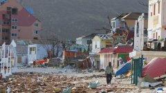 """Бизнесменът Ричард Брансън, който живее на Британските Вирджински острови от 11 години, призова светът да помогне на региона с """"план Маршал за възстановяване от бедствието - препратка към американската програма за възраждане на Западна Европа след разрушенията през Втората световна война"""