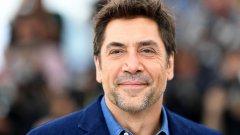На 1 март испанският актьор стана на 50 и както личи от снимката, се утвърди като един от примерите за мъже, на които всяка една натрупана година им се отразява все по-добре.