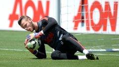 Давид де Хеа ще остане в Юнайтед поне до зимата
