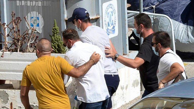 Медиите в южната ни съседка потвърждават, че Магуайър и другите двама задържани имат право да напуснат страната. След днешното изслушване, присъствието им на делото във вторник не е задължително.