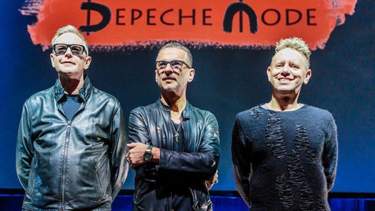 Дейв Геън, Мартин Гор и Андрю Флечър обявиха албума си Spirit на специална пресконференция в Милано
