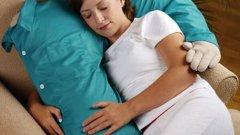 """Възглавница """"Прегърни ме"""" - гушка като човек :)"""