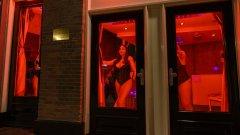 """Услугите от улицата може би ще бъдат преместени в """"Ерос център"""" - специално построен мол за секс"""