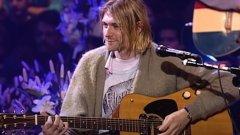 Рекорд: Китарата на Кърт Кобейн от MTV Unplugged беше продадена за 6 млн. долара