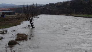 Сигнал за наводнени земи има и от село Ярловци