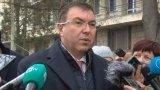 Здравният министър заяви, че е доволен от темпа, с който тече ваксинацията